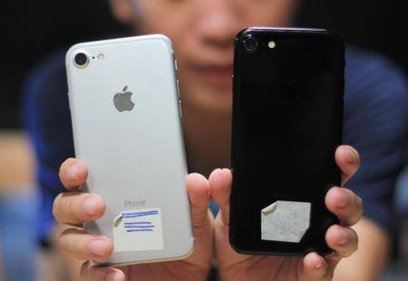 Anh va video iPhone 7 dau tien o Viet Nam - Anh 2
