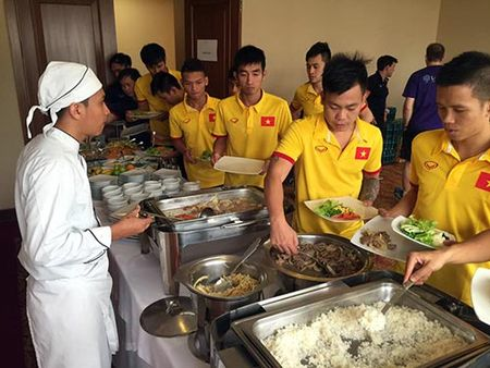 DT futsal Viet Nam co dau bep rieng, tap sung cho World Cup - Anh 1