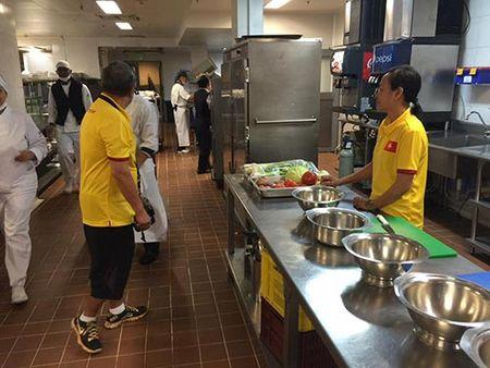 DT futsal Viet Nam co dau bep rieng, tap sung cho World Cup - Anh 2