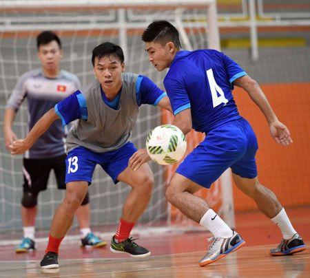DT futsal Viet Nam co dau bep rieng, tap sung cho World Cup - Anh 5