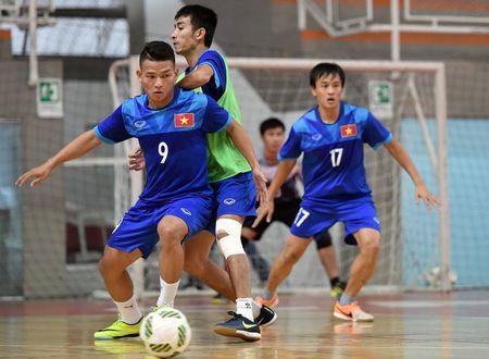DT futsal Viet Nam co dau bep rieng, tap sung cho World Cup - Anh 8
