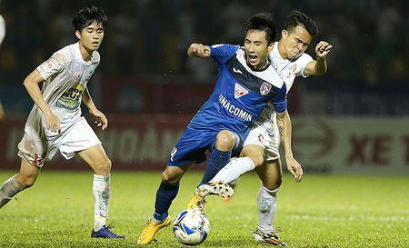 Cong Phuong tro ve, 3 nam nua HAGL moi nghi den thanh tich - Anh 1