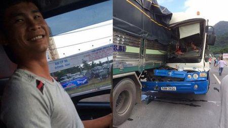Tai xe xe tai da ra hieu cho dong nghiep 'phoi hop' chuan bi cho 'cu dam' nhu the nao? - Anh 1