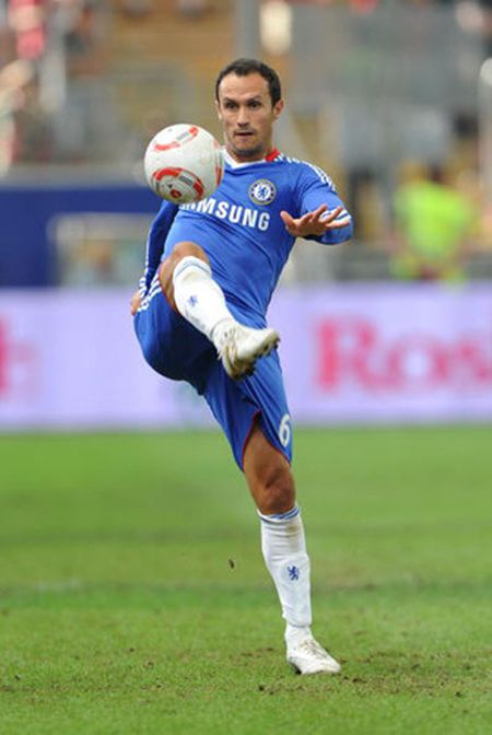 Doi hinh cac hoc tro uu tu nhat cua HLV Jose Mourinho - Anh 15