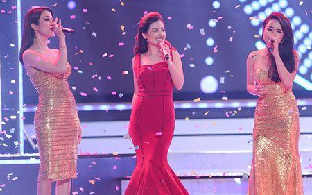 Duong Hoang Yen long lay voi sac do tai VTV Awards - Anh 8