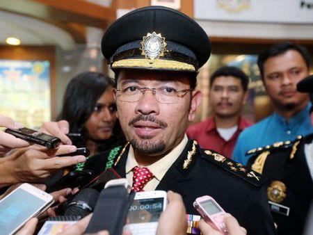 Malaysia dong bang tai san cong ty thue lao dong nuoc ngoai trai phep - Anh 1
