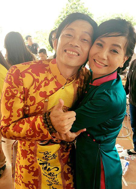 Cat Phuong benh Hoai Linh: Nha tho To khong phai de kinh doanh - Anh 1