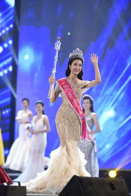 Anh hoa hau: 'Chi thay My Linh di choi voi ban nu than' - Anh 5