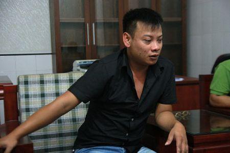 Vu san phu tu vong tai tram xa: Tran tinh cua tai xe cuu thuong - Anh 1