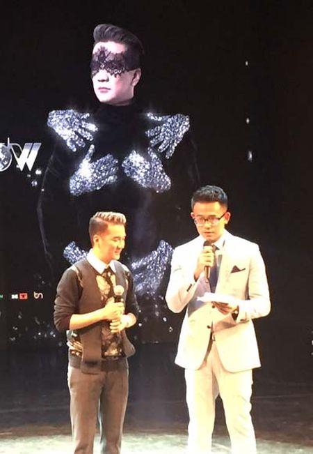 Dam Vinh Hung chi gan 12 ty dong cho liveshow 'Diamond' - Anh 2