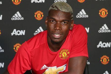 Mourinho se dua M.U len dinh the gioi - Anh 2