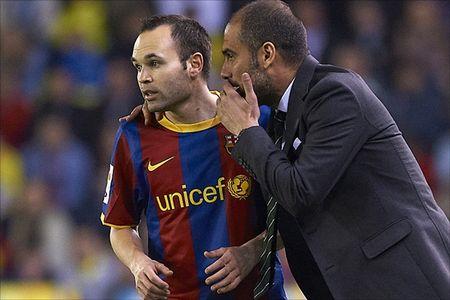 Diem tin chieu 13/09: Mourinho se dua M.U len dinh; Iniesta chang ngo ngang den Pep - Anh 1