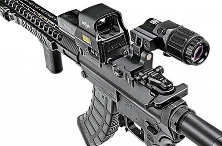 """Soi mat khau sung """"con lai"""" hoan hao cua AK-47 va M16 - Anh 8"""