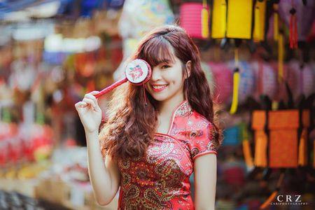 Hot girl pho nui khoe anh ngot ngao don Trung thu - Anh 4