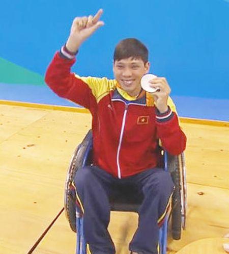 Vo Thanh Tung va Cao Ngoc Hung lan luot gianh 1 HCB, 1 HCD Paralympic Rio 2016 - Anh 1