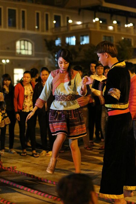 Hoa hau Viet Nam 2016 Do My Linh choang ngop truoc ve dep cua Sapa - Anh 4