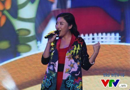 Van Mai Huong khuay dong chung ket SV 2016 bang ban hit moi - Anh 2