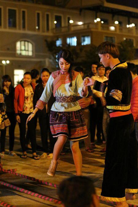 Hoa hau Do My Linh quang ba du lich tai Sapa - Anh 6