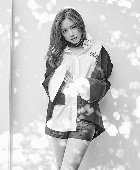 Sao Han 13/9: Yoon Ah khoe dang manh mai, CL sexy 'danh bat' Madonna - Anh 8