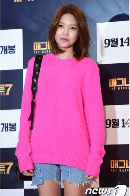 Idol nu lep ve truoc nhan sac cua vo Lee Byung Hun - Anh 4