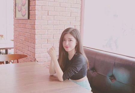 "Co gai Viet luon khien nguoi doi dien ""giat minh"" tuong nham la hot girl Han - Anh 4"