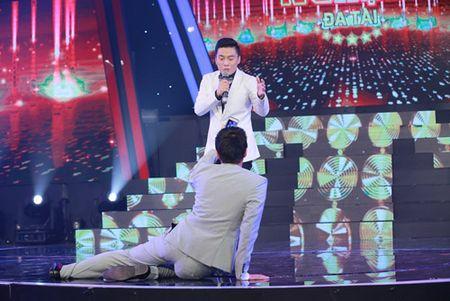 "Ngo Kien Huy ""le let"" chup anh cho Lam Truong - Anh 3"