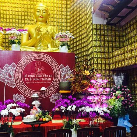 Phuong Thanh to chuc le cau an cho Minh Thuan nhung vang mat do ban luu dien - Anh 3