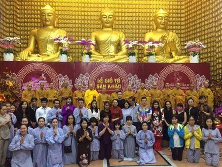 Phuong Thanh to chuc le cau an cho Minh Thuan nhung vang mat do ban luu dien - Anh 5