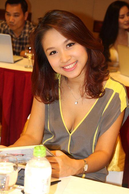 Ho Ngoc Ha, Toc Tien kho so vi mac goi cam qua da - Anh 12
