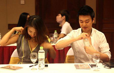 Ho Ngoc Ha, Toc Tien kho so vi mac goi cam qua da - Anh 13