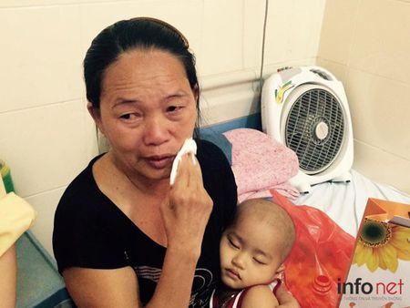 Benh nhi ung thu nhan qua Tet trung thu cua Pho chu tich nuoc - Anh 7