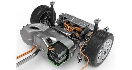 BMW X1 Plug-in hybrid LWB chinh thuc trinh lang - Anh 10