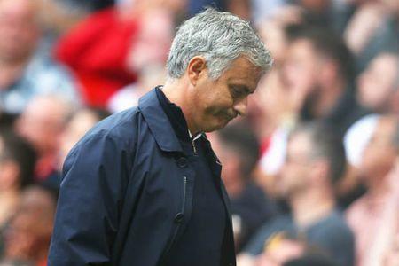Mourinho co hon gi Van Gaal? - Anh 1
