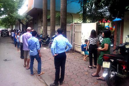 Ha Noi: Chay lon tai nha hang tren pho Phan Ke Binh - Anh 2