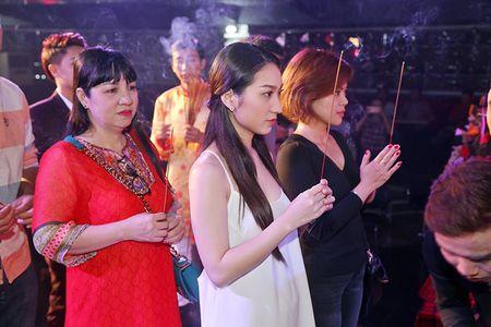 Tran Thanh bi phan ung kem chin chu khi di cung To nghe - Anh 4