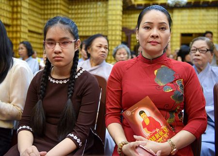 Vang Phuong Thanh, hang tram nguoi cau an cho Minh Thuan - Anh 2