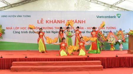 Khanh thanh Nha lop hoc bo mon Truong THCS Viet Xuan do Vietcombank tai tro 3 ty dong - Anh 3