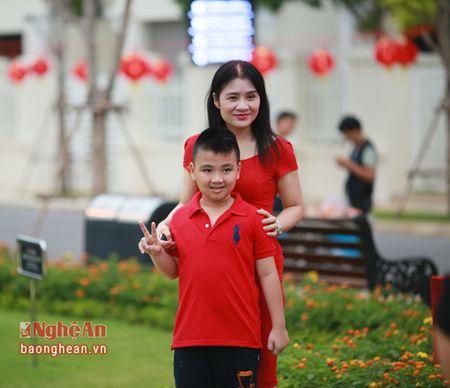 Hao hung voi dem hoi 'Vui trang cung Vinhomes' - Anh 1