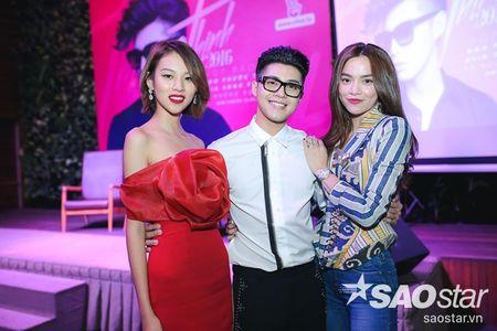 Ha Ho 'truyen bi kip' cho Noo Phuoc Thinh tung hoanh 'Asia Song Festival 2016' - Anh 11