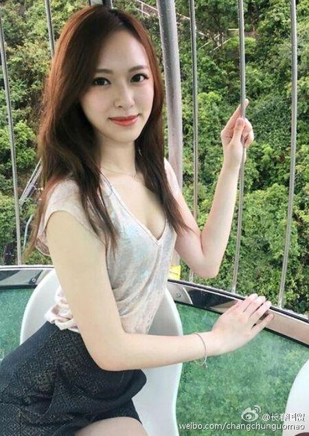 He lo cuoc song giau sang nhu mo voi ban trai dai gia cua Tan Hoa hau Hong Kong - Anh 22