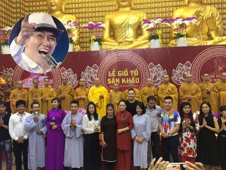 Dan sao 'khung' tham gia dem dien ung ho ca si Minh Thuan - Anh 1