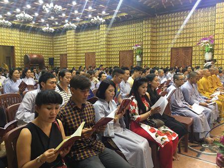 Dan sao 'khung' tham gia dem dien ung ho ca si Minh Thuan - Anh 3