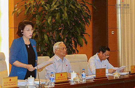 Phan lon cong nghe nhap ve Viet Nam lac hau 2-3 the he - Anh 3