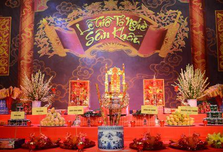 Dam Vinh Hung ra Ha Noi dang huong To nghe san khau - Anh 1