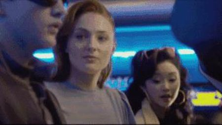 Cong bo clip bi cat cua di nhan goc Viet trong 'X-Men' - Anh 1