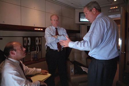 Anh tu lieu: Ben trong chuyen co Tong thong My Bush ngay sau vu 11/9 - Anh 9