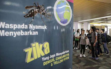 Virus Zika co the song trong mat va lay lan qua nuoc mat - Anh 1
