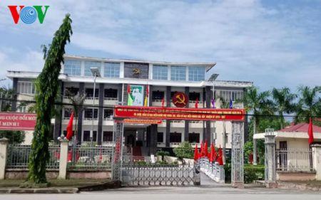 Loan tuyen dung o Thanh Hoa: Bo nhiem, cho di dao tao de du dieu kien! - Anh 1