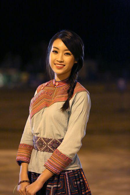 Hoa hau Do My Linh hoa than thanh co gai mien nui - Anh 1