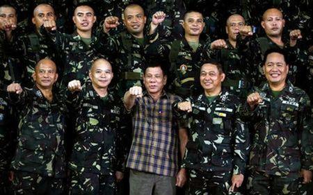 Ngoai truong Philippines tuyen bo ton trong cam ket voi My - Anh 1